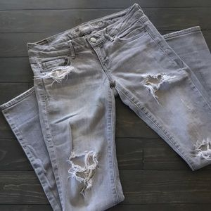 American Eagle Outfitters grey distressed skinnies